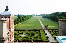 Hatfield House1