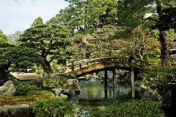 12Imperial Palace bridge2